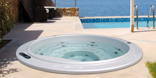 Round 2 Hot Tub
