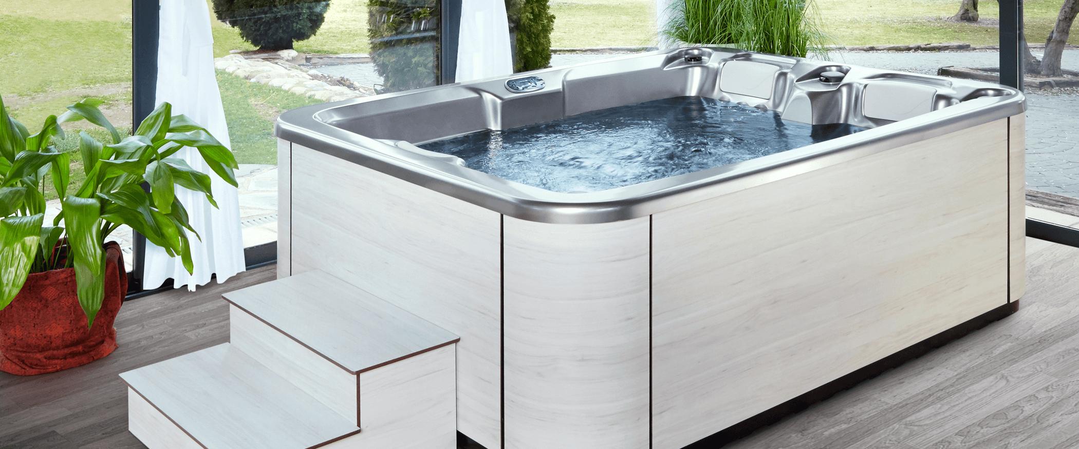 Jacuzzi Triangular.Buy The Compact Hot Tub Touch Aquavia Spa
